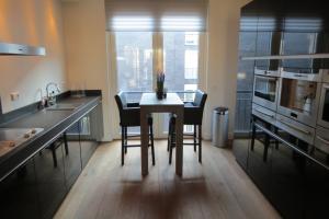 Bekijk appartement te huur in Breda Rijngraafstraat, € 1495, 112m2 - 359841. Geïnteresseerd? Bekijk dan deze appartement en laat een bericht achter!