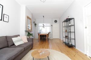 Bekijk woning te huur in Zwolle Heemskerckstraat: Leuke, nette eengezinswoning met achtertuin op een ideale loca... - € 995, 84m2 - 351413