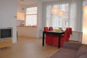 Bekijk appartement te huur in Den Haag Van Aerssenstraat, € 1500, 70m2 - 375966. Geïnteresseerd? Bekijk dan deze appartement en laat een bericht achter!