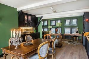 Bekijk appartement te huur in Utrecht A. Tasmanstraat, € 2750, 80m2 - 361466. Geïnteresseerd? Bekijk dan deze appartement en laat een bericht achter!