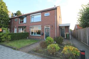 Bekijk woning te huur in Neede Jasmijnstraat: Woning - € 825, 126m2 - 324014