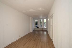 Bekijk appartement te huur in Den Haag Esdoornstraat, € 1550, 110m2 - 395498. Geïnteresseerd? Bekijk dan deze appartement en laat een bericht achter!