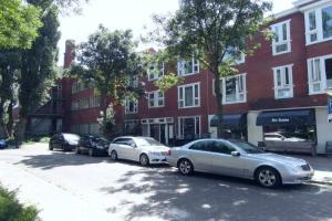Bekijk appartement te huur in Groningen Diephuisstraat: Gerenoveerde 30er jarenbovenwoning nabij UMCG - € 975, 100m2 - 347106