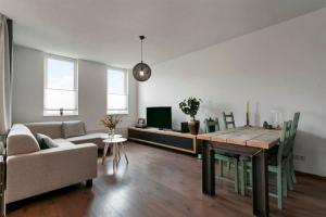 Bekijk appartement te huur in Zaltbommel A. Smithlaan, € 810, 77m2 - 357103. Geïnteresseerd? Bekijk dan deze appartement en laat een bericht achter!