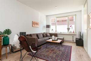 For rent: House Bloemendaalstraat, Enschede - 1