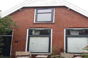 For rent: House 1e Rembrandtdwarsstraat, Leeuwarden - 1