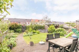 Bekijk woning te huur in Vleuten Kolland: Modern afgewerkte gezinswoning - € 1750, 142m2 - 343239