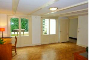 Bekijk appartement te huur in Baarn Van Heemstralaan, € 1250, 70m2 - 396780. Geïnteresseerd? Bekijk dan deze appartement en laat een bericht achter!