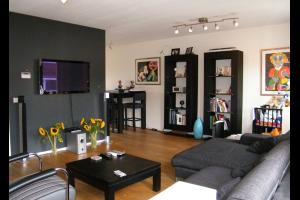 Bekijk appartement te huur in Hilversum Neuweg, € 1200, 90m2 - 289151. Geïnteresseerd? Bekijk dan deze appartement en laat een bericht achter!