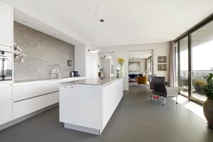 Bekijk appartement te huur in Amsterdam Ridderspoorweg, € 2950, 151m2 - 392727. Geïnteresseerd? Bekijk dan deze appartement en laat een bericht achter!