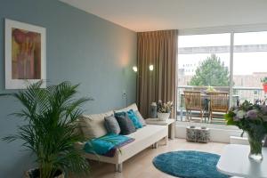 Bekijk studio te huur in Groningen Barkmolenstraat, € 875, 40m2 - 327498. Geïnteresseerd? Bekijk dan deze studio en laat een bericht achter!