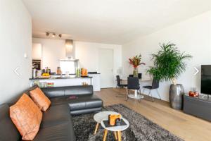 Bekijk appartement te huur in Rotterdam Kruisplein, € 1700, 68m2 - 377163. Geïnteresseerd? Bekijk dan deze appartement en laat een bericht achter!