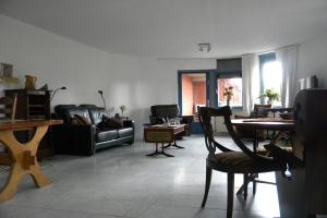 Bekijk appartement te huur in Amersfoort Grote Haag, € 1165, 200m2 - 367946. Geïnteresseerd? Bekijk dan deze appartement en laat een bericht achter!