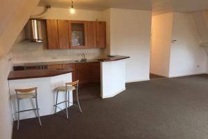 Bekijk appartement te huur in Eindhoven Waalstraat: Zeer ruim 3-kamer appartement in het Noorden van Eindhoven - € 950, 105m2 - 345426