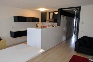 Bekijk appartement te huur in Den Haag Korte Houtstraat, € 1395, 70m2 - 368825. Geïnteresseerd? Bekijk dan deze appartement en laat een bericht achter!