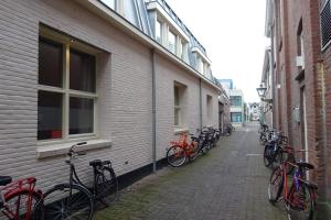 Bekijk kamer te huur in Leiden Duizenddraadsteeg, € 455, 16m2 - 364201. Geïnteresseerd? Bekijk dan deze kamer en laat een bericht achter!