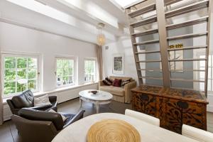 Bekijk appartement te huur in Amsterdam Herengracht, € 1850, 50m2 - 352727. Geïnteresseerd? Bekijk dan deze appartement en laat een bericht achter!