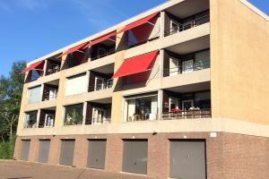 Bekijk appartement te huur in Dordrecht Campanula, € 950, 64m2 - 315016. Geïnteresseerd? Bekijk dan deze appartement en laat een bericht achter!