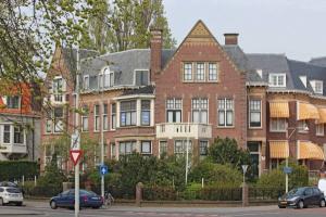 Bekijk appartement te huur in Den Haag R.J. Schimmelpennincklaan, € 2450, 113m2 - 364136. Geïnteresseerd? Bekijk dan deze appartement en laat een bericht achter!