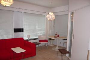 Bekijk studio te huur in Utrecht Duifstraat, € 750, 30m2 - 346951. Geïnteresseerd? Bekijk dan deze studio en laat een bericht achter!