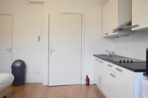 Bekijk studio te huur in Utrecht Croeselaan, € 900, 24m2 - 354571. Geïnteresseerd? Bekijk dan deze studio en laat een bericht achter!