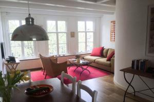 Bekijk appartement te huur in Amsterdam Brouwersgracht, € 1400, 45m2 - 390714. Geïnteresseerd? Bekijk dan deze appartement en laat een bericht achter!