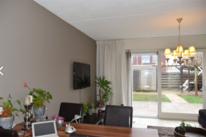 View house for rent in Almere Albrecht Durerweg, € 1150, 90m2 - 384396. Interested? check out this house and leave a message!