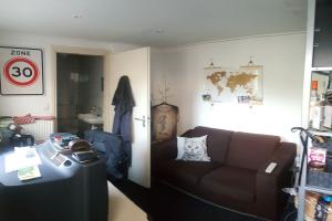 Bekijk kamer te huur in Velp Gld Z. Parallelweg, € 421, 18m2 - 365446. Geïnteresseerd? Bekijk dan deze kamer en laat een bericht achter!