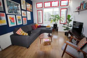 Bekijk appartement te huur in Rotterdam Graaf Florisstraat, € 1195, 75m2 - 388059. Geïnteresseerd? Bekijk dan deze appartement en laat een bericht achter!