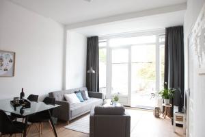 Bekijk appartement te huur in Den Haag Prins Hendrikstraat, € 1150, 40m2 - 354153. Geïnteresseerd? Bekijk dan deze appartement en laat een bericht achter!