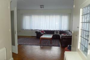 Bekijk appartement te huur in Den Haag Van Alkemadelaan, € 1450, 139m2 - 376330. Geïnteresseerd? Bekijk dan deze appartement en laat een bericht achter!