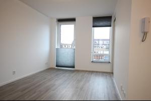Bekijk appartement te huur in Groningen Oosterhamrikkade, € 850, 40m2 - 287273. Geïnteresseerd? Bekijk dan deze appartement en laat een bericht achter!