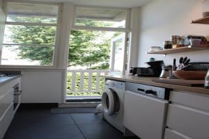 Bekijk appartement te huur in Den Haag Abeelstraat, € 1350, 74m2 - 393574. Geïnteresseerd? Bekijk dan deze appartement en laat een bericht achter!