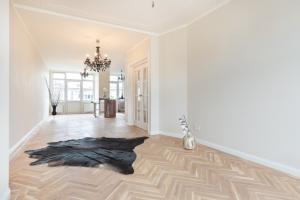 Bekijk appartement te huur in Den Haag Pippelingstraat, € 2400, 166m2 - 374669. Geïnteresseerd? Bekijk dan deze appartement en laat een bericht achter!