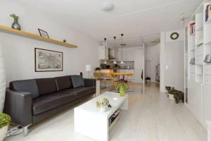 Bekijk woning te huur in Amersfoort Lieve Vrouwestraat, € 1195, 30m2 - 296104. Geïnteresseerd? Bekijk dan deze woning en laat een bericht achter!