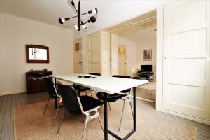 Bekijk appartement te huur in Rotterdam Van Vlooswijkstraat, € 1350, 60m2 - 387122. Geïnteresseerd? Bekijk dan deze appartement en laat een bericht achter!
