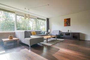 Bekijk appartement te huur in Utrecht Tafelbergdreef: Keurig gemeubileerd 4-kamerappartement - € 1400, 83m2 - 353121