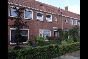 Bekijk kamer te huur in Zwolle Adriaan Pauwstraat, € 415, 13m2 - 294763. Geïnteresseerd? Bekijk dan deze kamer en laat een bericht achter!
