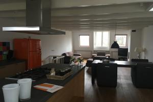 Bekijk appartement te huur in Amsterdam Wilhelminastraat, € 2750, 115m2 - 343148. Geïnteresseerd? Bekijk dan deze appartement en laat een bericht achter!