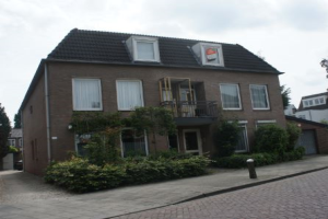 View house for rent in Vught Prins Bernhardlaan, € 875, 65m2 - 370214. Interested? check out this house and leave a message!