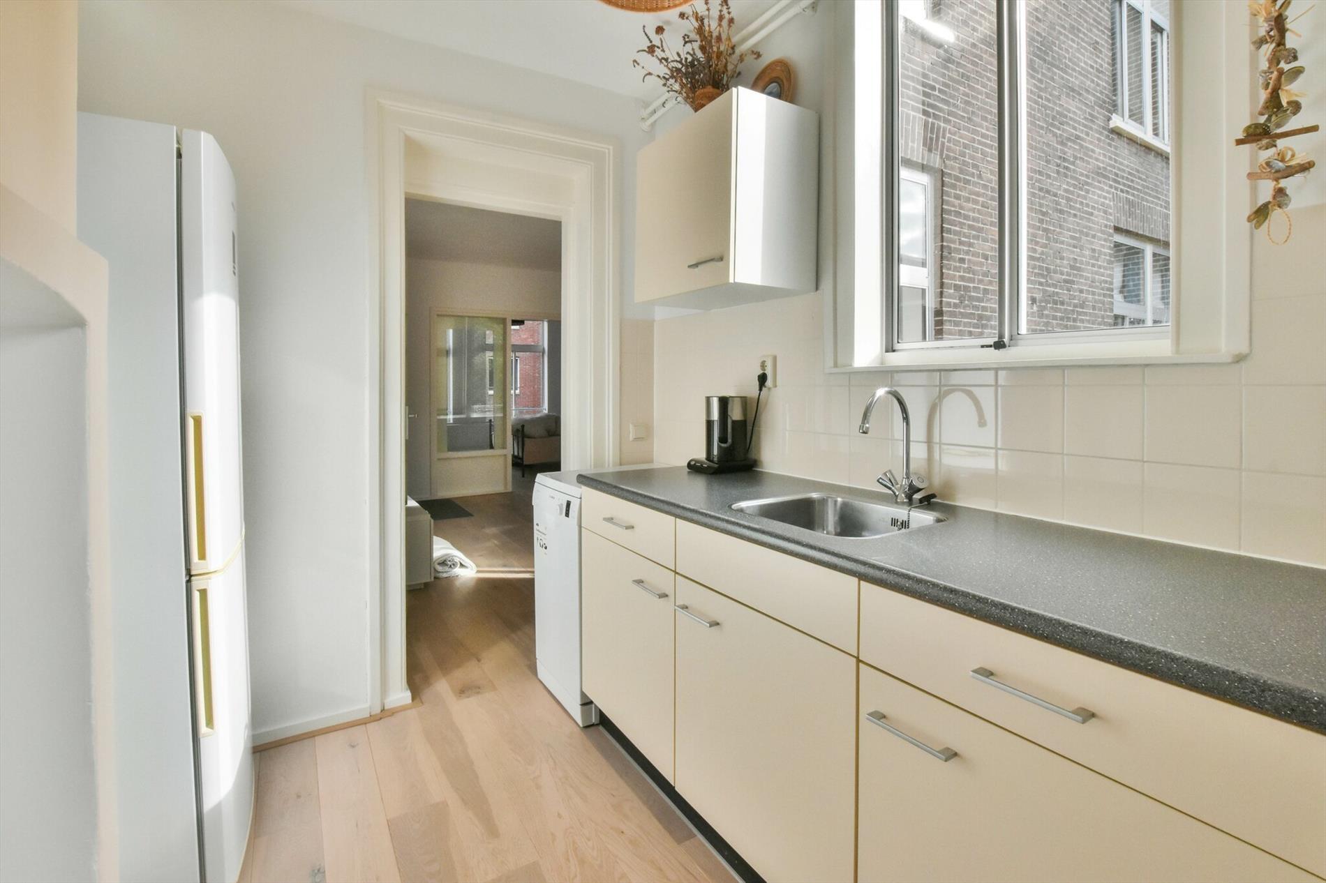 For rent: Apartment Van Houweningenstraat, Amsterdam - 9