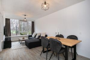 Te huur: Appartement Burgemeester Stulemeijerlaan, Schiedam - 1
