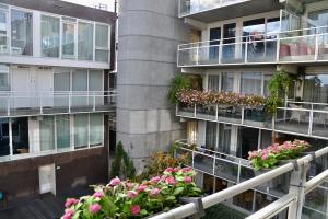 Bekijk appartement te huur in Den Haag Raamstraat, € 1650, 89m2 - 354910. Geïnteresseerd? Bekijk dan deze appartement en laat een bericht achter!