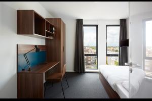 Bekijk kamer te huur in Den Haag Hoefkade: Volledig ingerichte kamer met eigen badkamer - € 808, 17m2 - 327755