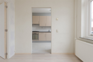View house for rent in Zwolle Buxtehudestraat, € 1100, 97m2 - 368876. Interested? check out this house and leave a message!