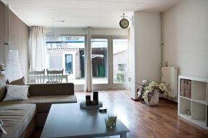 Bekijk woning te huur in Tilburg Schiphollaan, € 895, 73m2 - 354885. Geïnteresseerd? Bekijk dan deze woning en laat een bericht achter!