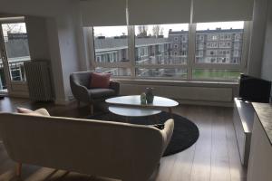 Bekijk appartement te huur in Eindhoven Karel de Grotelaan, € 1350, 180m2 - 377326. Geïnteresseerd? Bekijk dan deze appartement en laat een bericht achter!
