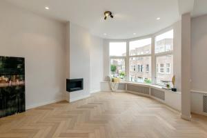 Bekijk appartement te huur in Den Haag Pijnboomstraat, € 2250, 115m2 - 380145. Geïnteresseerd? Bekijk dan deze appartement en laat een bericht achter!