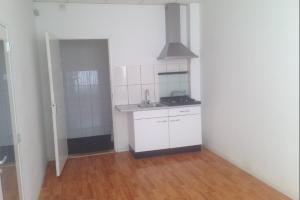 Bekijk kamer te huur in Kerkrade Holzstraat: Compacte studio van ca 15m2  - € 300, 15m2 - 345585