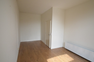 View room for rent in Beverwijk Trijntje Kemp-Haanstraat, € 515, 56m2 - 380261. Interested? check out this room and leave a message!
